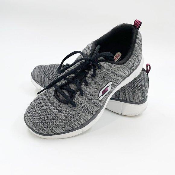 Skechers Shoes   Womens Skech Knit Size